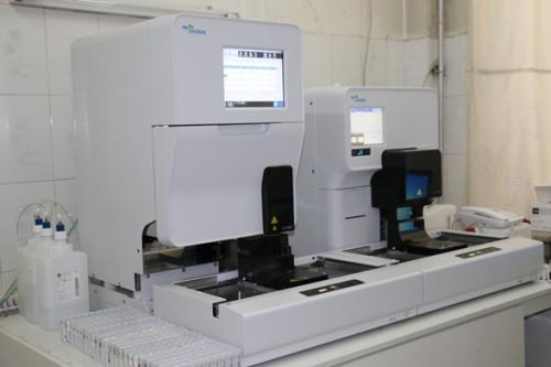 全自动尿液分析流水线  UF5000+UC3500